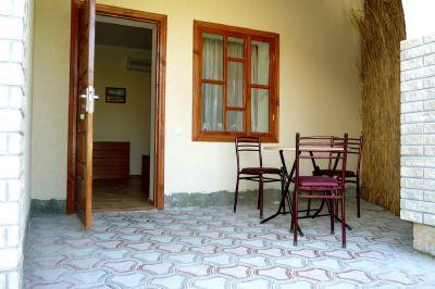 Приморский дворик, гостиный двор – Черноморское – Крым