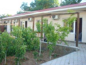 Гостевой дом, номера – Черноморское – Крым