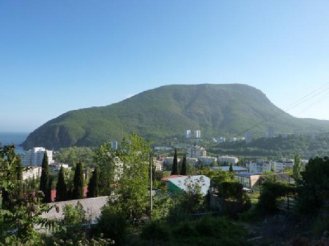 Крым. Гора Аю-Даг. Вид с Партенита.