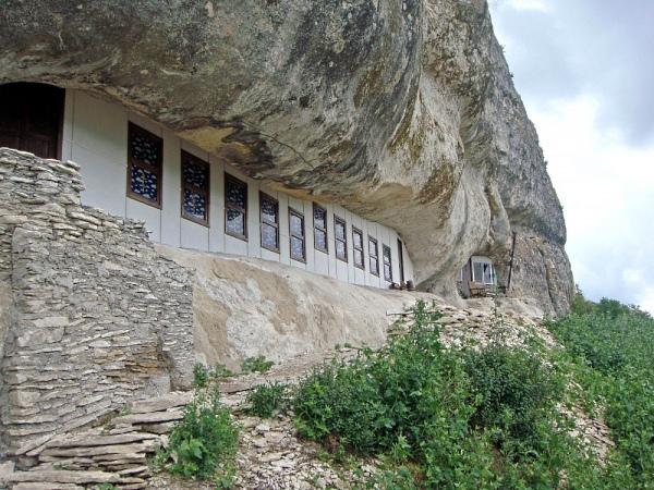 Пещерный монастырь Мангупа. Крым. Монастыри Крыма.