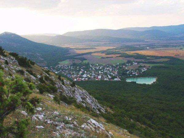 Одним из маршрутов Байдарской долины. Крым. Тропы Крыма.