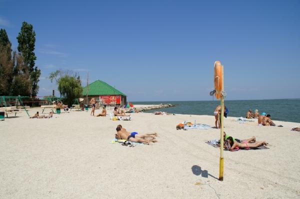 «Молодежный» пляж. Пляжи города Ейска. Ейск.