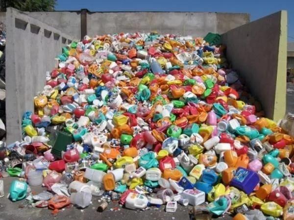 Как производить пластмассовые изделия. Разное.