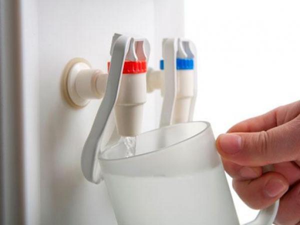 Кулер и помпа – эффективная помощь в разливе воды из бутылей Разное.