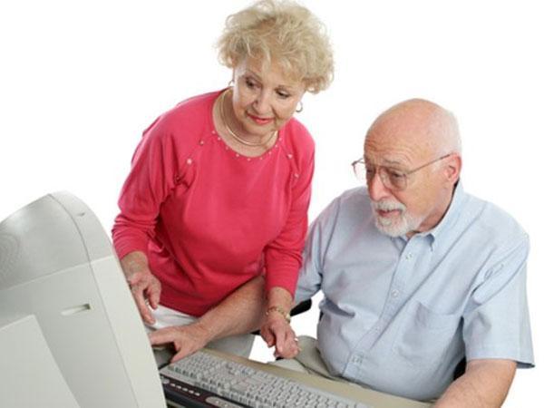 Стоит ли нанимать сиделку пожилому человеку? Разное.