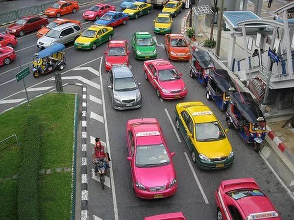 Разновидность и стоимость такси на Пхукете. Тайланд.