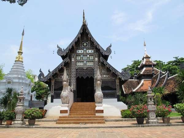 Ват Чеди Луанг. Храмы Таиланда. Тайланд.