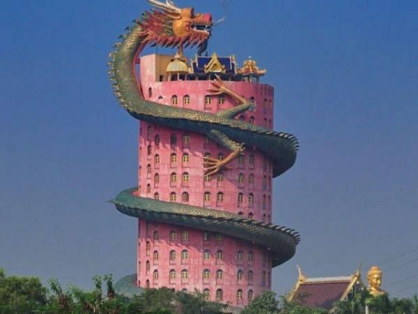 Ват Сампхан - Храм Дракона. Храмы Таиланда. Тайланд.