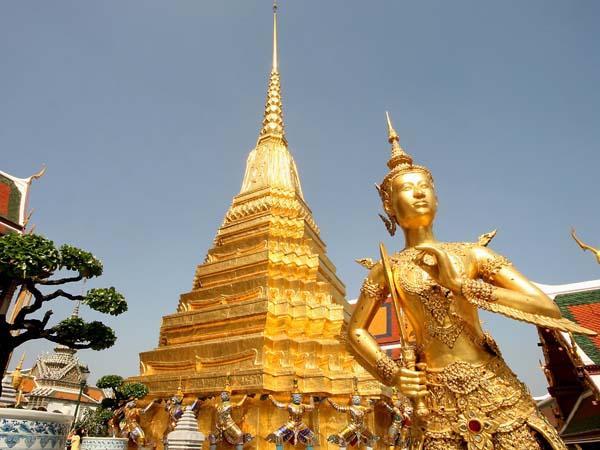 Ват Пхра Кео - Храм изумрудного Будды. Храмы Таиланда. Тайланд.