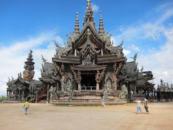 Ванг Боран - Храм Истины. Храмы Таиланда. Тайланд.