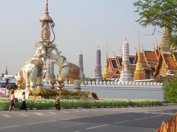Что из себя представляет Королевский дворец в Бангкоке. Таиланд