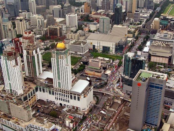 Самый высокий отель в мире.  Таиланд
